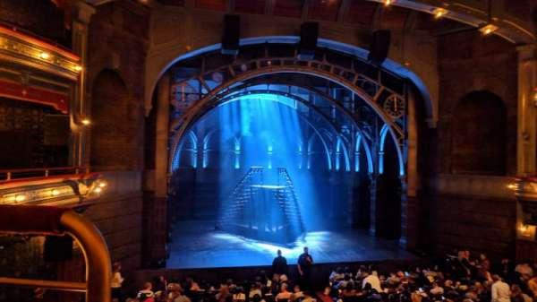 Lyric Theatre, vak: Dress Circle Center, rij: A, stoel: 101