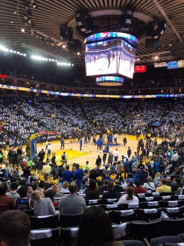 Oakland Arena, vak: 105, rij: 14, stoel: 18