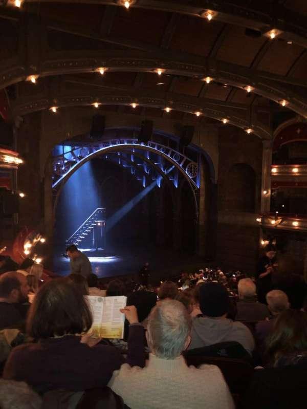 Lyric Theatre, vak: Dress circle l, rij: 6, stoel: 11