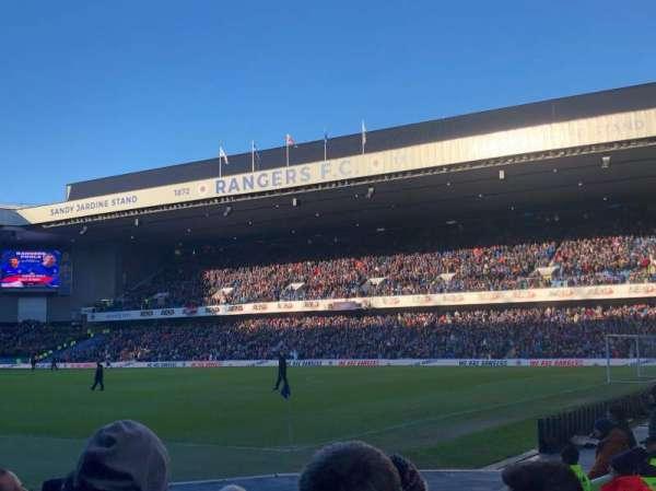 Ibrox Stadium , vak: SE1, rij: H, stoel: 0019