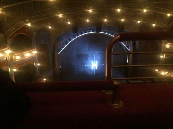 Lyric Theatre, vak: Balcony L, rij: A, stoel: 1
