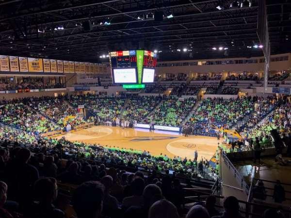Savage Arena, vak: 202, rij: 28, stoel: 5