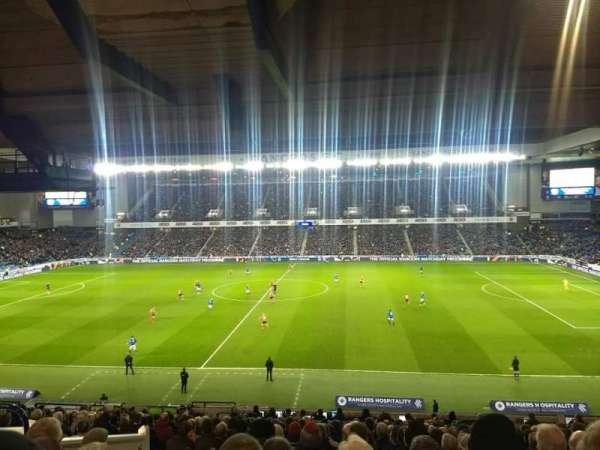Ibrox Stadium, vak: Main stand rear, rij: A, stoel: 131