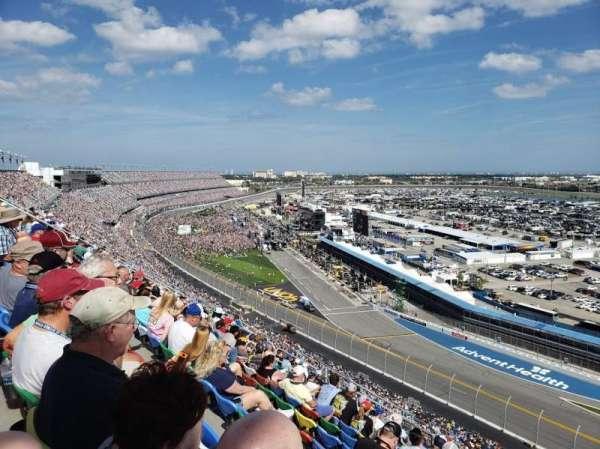 Daytona International Speedway, vak: 482, rij: 40, stoel: 18