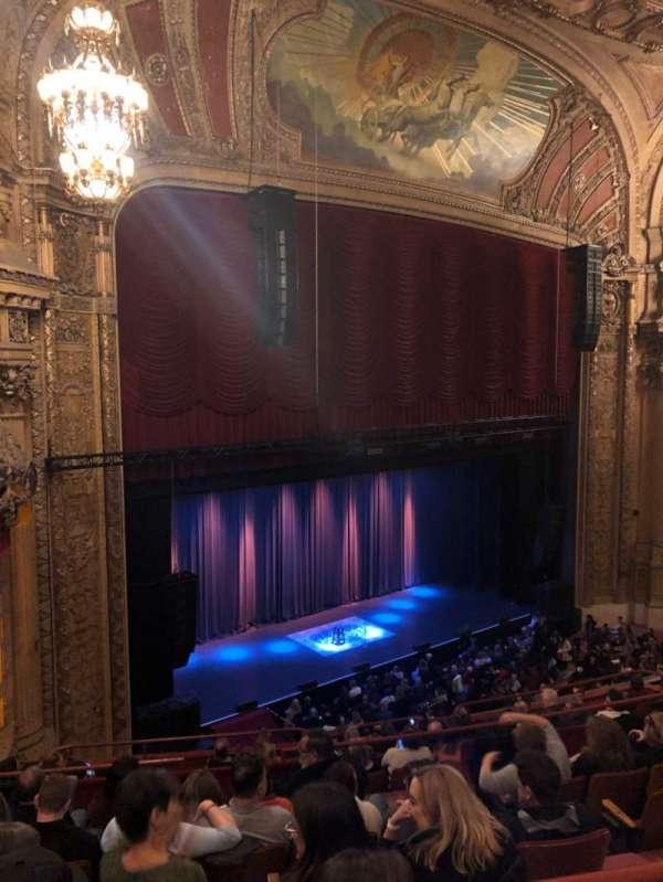 Chicago Theatre, vak: Balcony, rij: F, stoel: 113