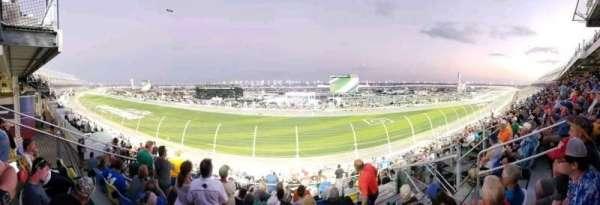 Daytona International Speedway, vak: 153, rij: 31, stoel: 6