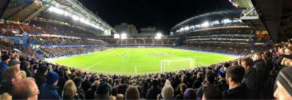 Stamford Bridge, vak: MH Lower, rij: W, stoel: 99