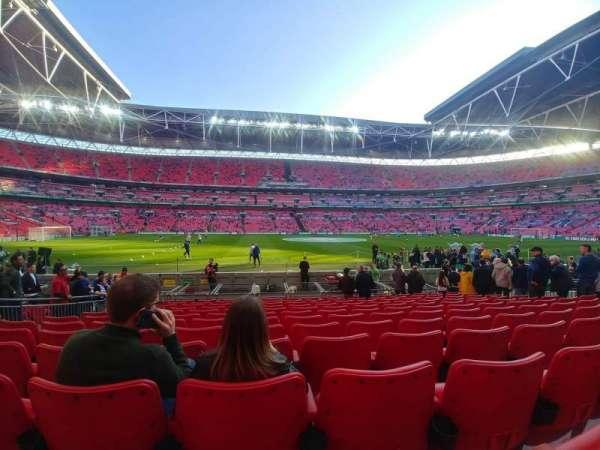 Wembley Stadium, vak: 102, rij: 12, stoel: 62
