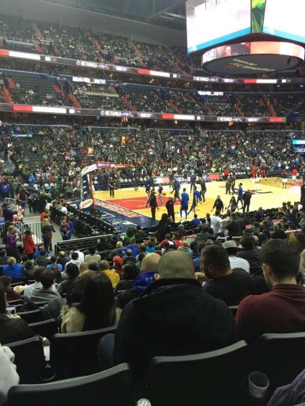 Capital One Arena, vak: 109, rij: O, stoel: 4
