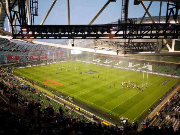 Aviva stadium , vak: 520, rij: X, stoel: 17