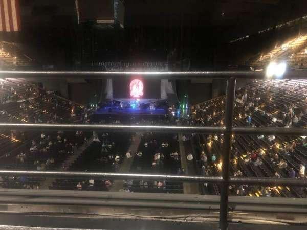 Royal Farms Arena, vak: 328, rij: B, stoel: 6