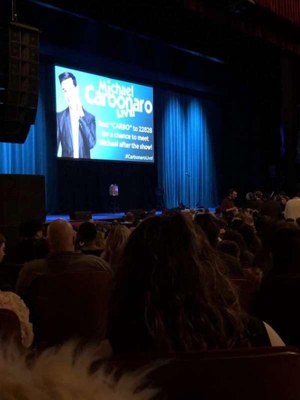 Chicago Theatre, vak: Mnfl 2L, rij: D, stoel: 107