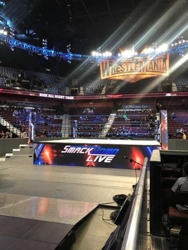 Mohegan Sun Arena, vak: 7, rij: G, stoel: 1