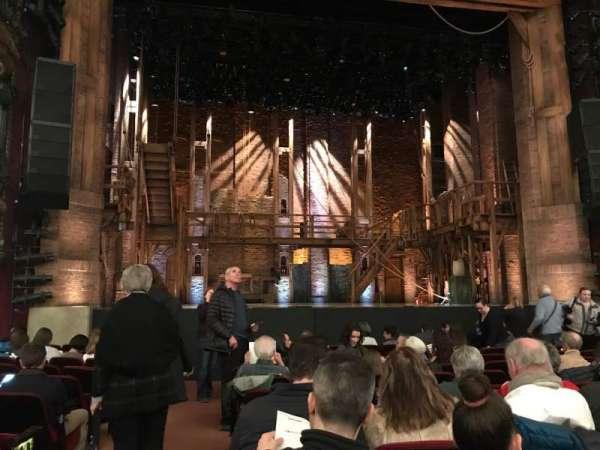 CIBC Theatre, vak: Orchestra Centwr, rij: M, stoel: 101