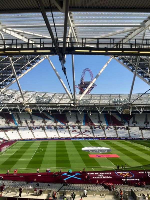 London Stadium, vak: 206, rij: 57, stoel: 483