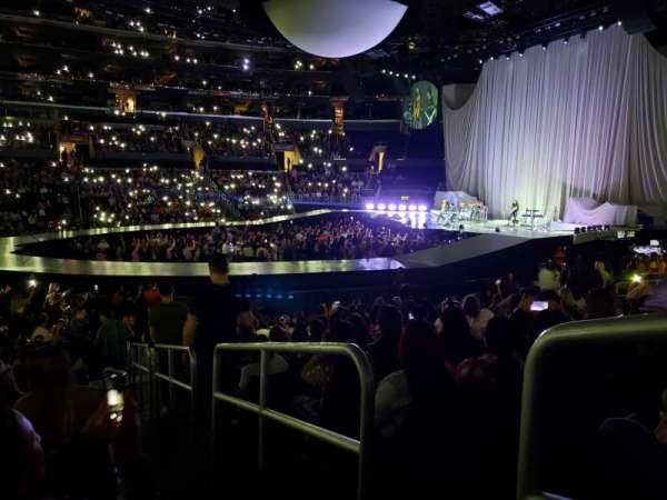 Staples Center, vak: 101, rij: 15, stoel: 1
