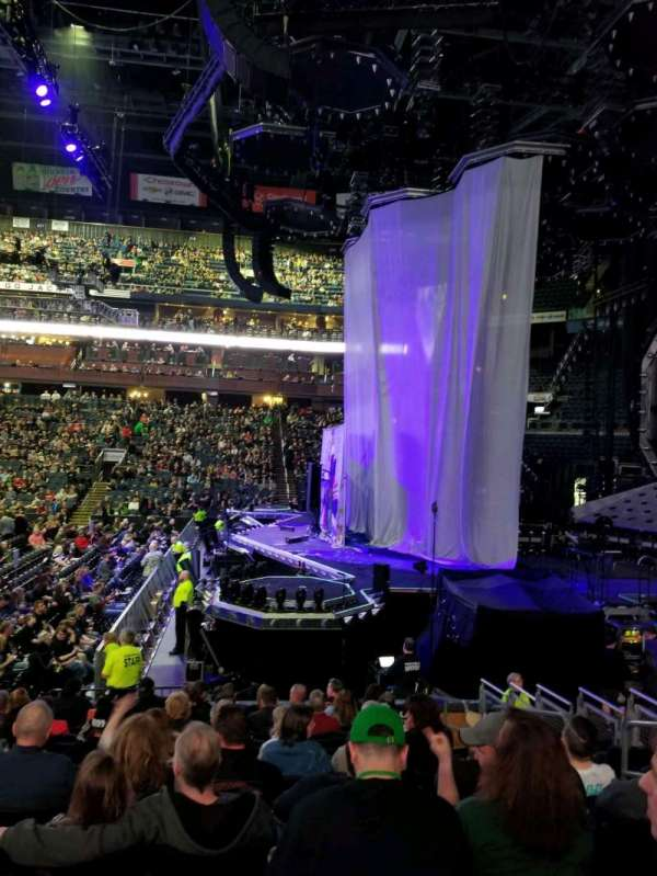Nationwide Arena, vak: 102, rij: N, stoel: 6