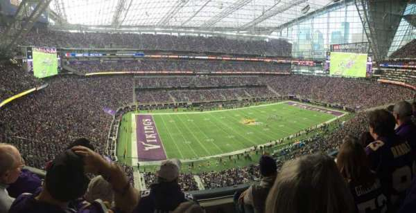 U.S. Bank Stadium, vak: 316, rij: C, stoel: 15