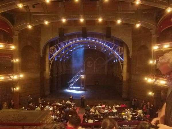 Lyric Theatre, vak: Dress Circle C, rij: C, stoel: 115
