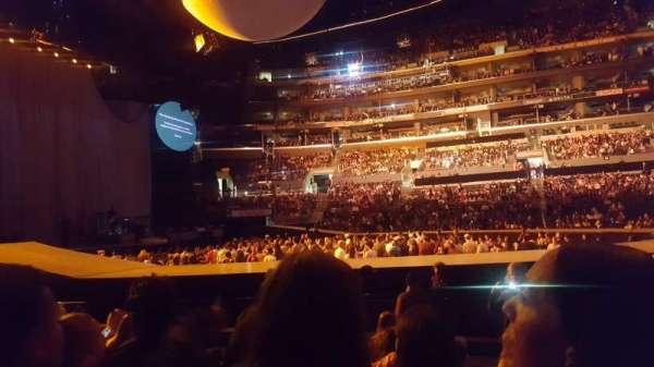 Staples Center, vak: 112, rij: 7, stoel: 2