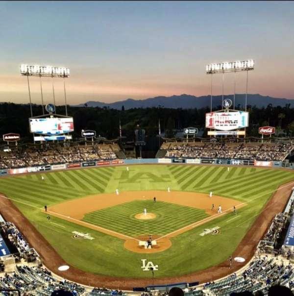 Dodger Stadium , vak: 1RS, rij: K, stoel: 14