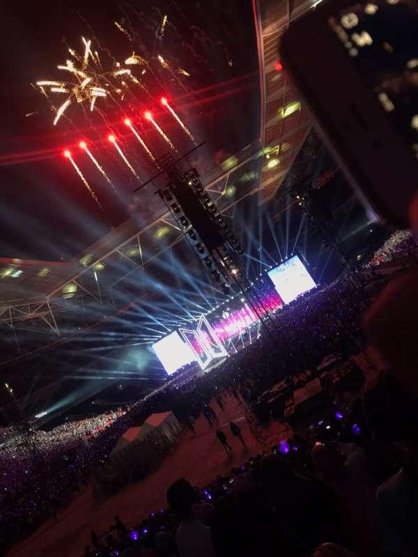 Wembley Stadium, vak: 110, rij: 28, stoel: 222