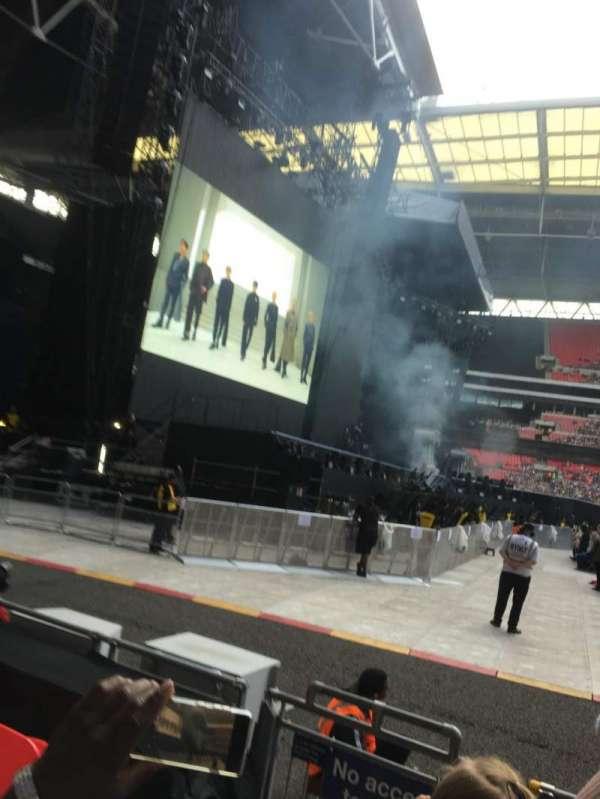 Wembley Stadium, vak: 126, rij: 5, stoel: 95