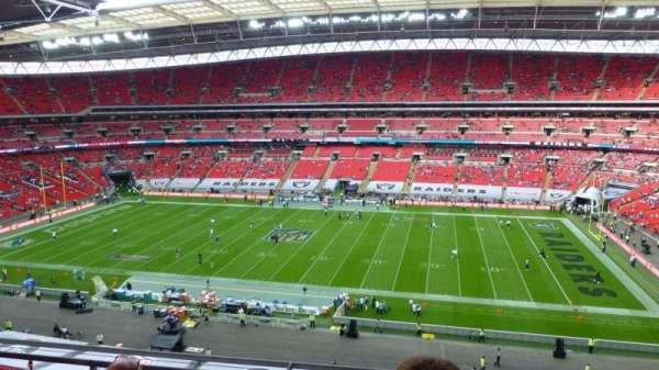 Wembley Stadium, vak: 524, rij: 4, stoel: 330