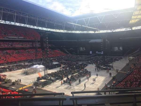 Wembley Stadium , vak: 209, rij: 3, stoel: 180