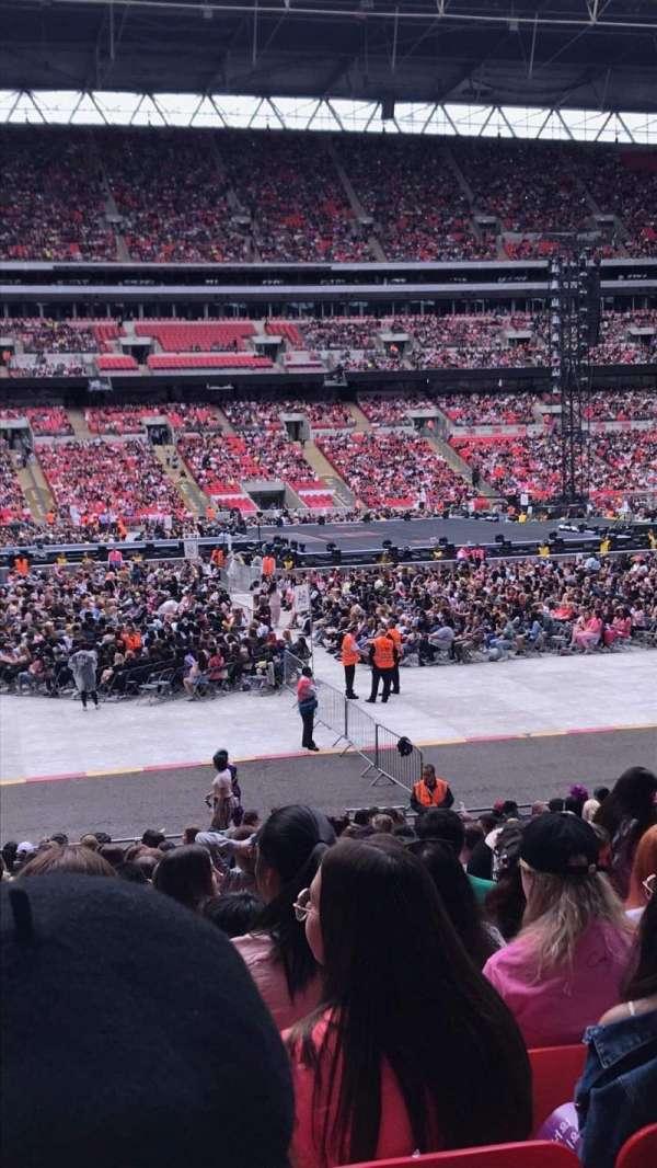 Wembley Stadium, vak: 124, rij: 25, stoel: 52