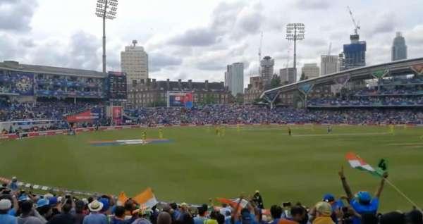 Kia Oval, vak: Peter May Stand, rij: 21, stoel: 158
