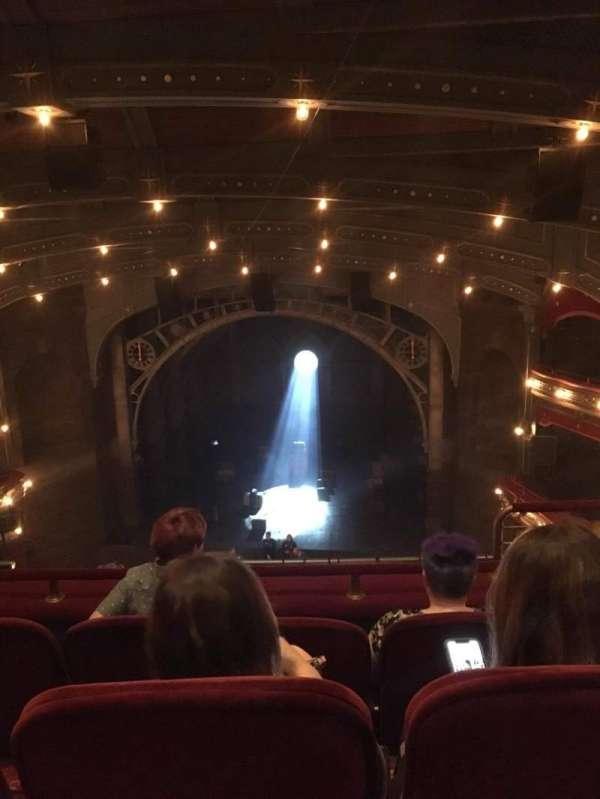 Lyric Theatre, vak: Balcony center, rij: C, stoel: 116