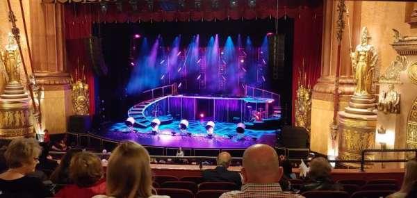 Beacon Theatre, vak: Loge 2, rij: G, stoel: 18