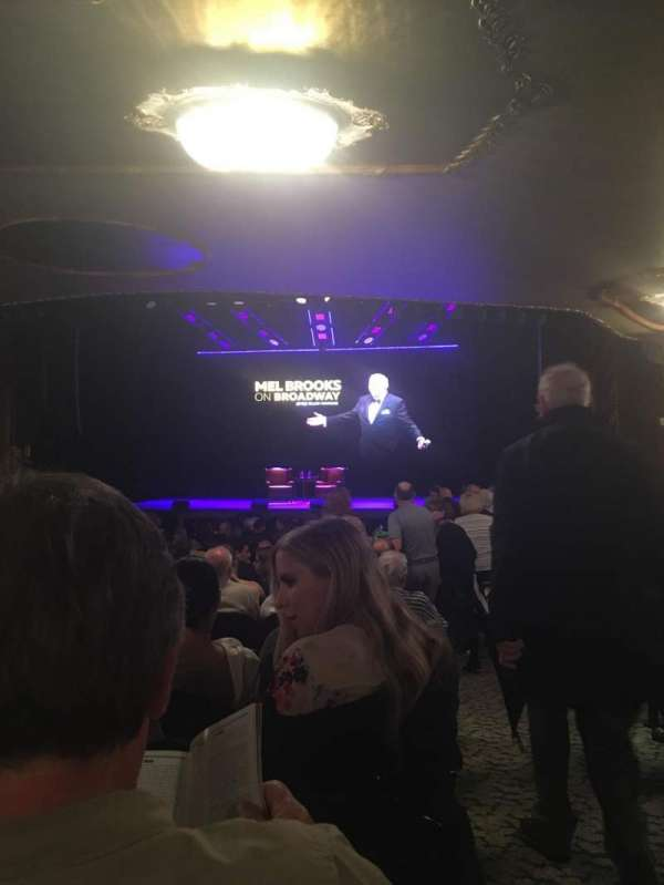 Lunt-Fontanne Theatre, vak: Orchestra, rij: X, stoel: 114