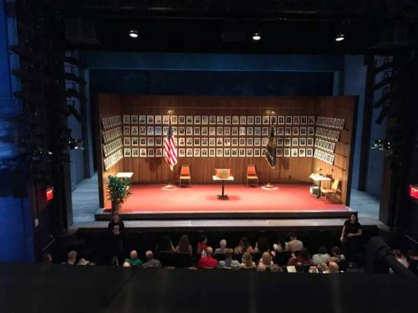 Hayes Theater, vak: Mezzanine C, rij: A, stoel: 109