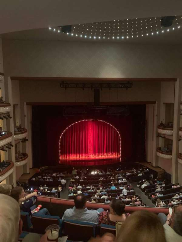 Belk theater , vak: Mezzanine Left, rij: D, stoel: 217