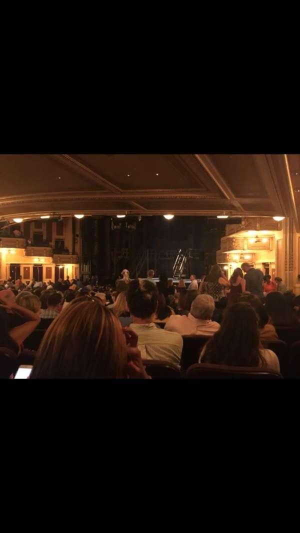 Hippodrome Theatre, vak: Right Orchestra, rij: Y, stoel: 26