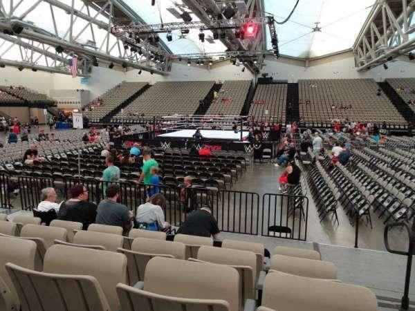 Oceanfront Arena at Wildwoods Convention Center, vak: A3, rij: F, stoel: 34-35