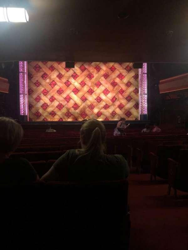 Adelphi Theatre, vak: Stalls, rij: S, stoel: 19