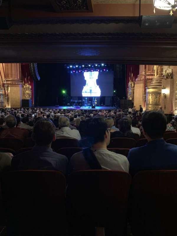 Beacon Theatre, vak: Orchestra 2, rij: X, stoel: 26