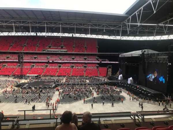 Wembley Stadium, vak: 251, rij: 6, stoel: 279
