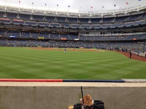 Yankee Stadium, vak: 135, rij: 1