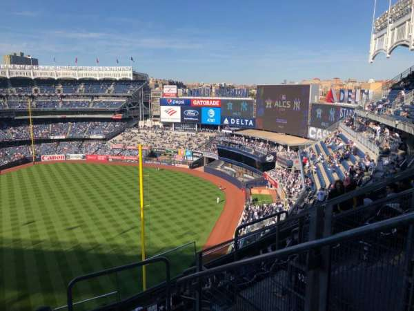Yankee Stadium, vak: 409, rij: 6, stoel: 2
