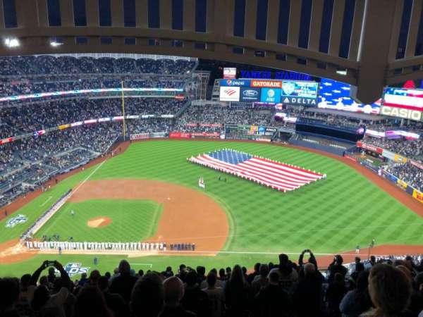 Yankee Stadium, vak: 415, rij: 14, stoel: 16