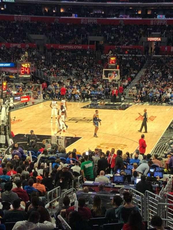 Staples Center, vak: 115, rij: 17, stoel: 10