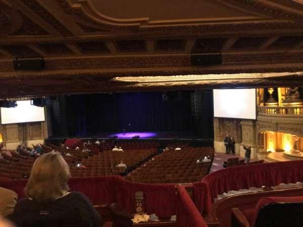 Chicago Theatre, vak: Mezzanine Box H, rij: H, stoel: 1-4
