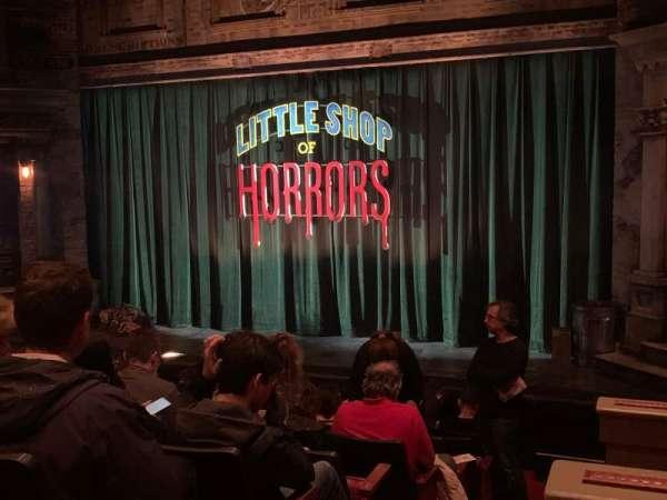 Westside Theatre, vak: Orchestra, rij: J, stoel: 1