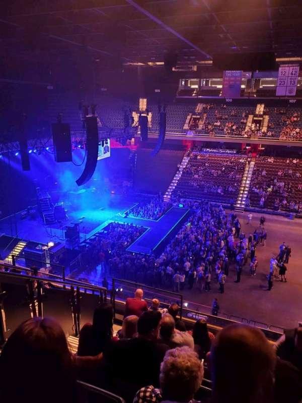 Mohegan Sun Arena, vak: 117, rij: j, stoel: 15