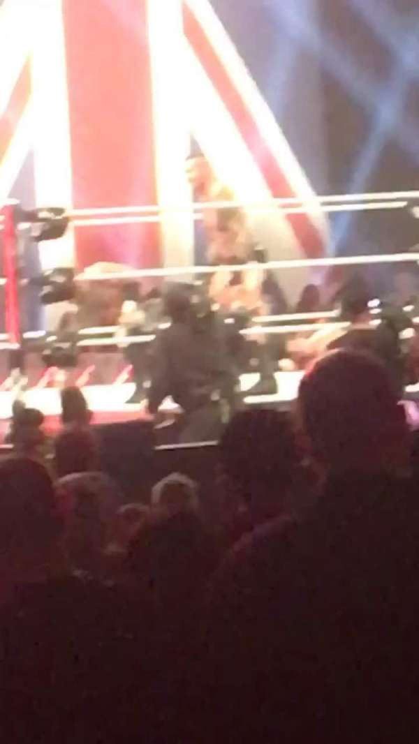 Manchester Arena, vak: 106, rij: A, stoel: 5