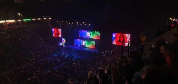 Manchester Arena, vak: 213, rij: E, stoel: 8